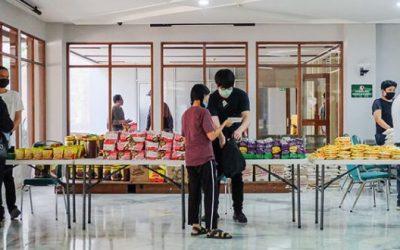 Pembagian Sembako Tahap Kedua Bagi Mahasiswa Non-Domisili Bandung
